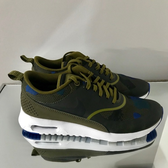 huge discount a8883 186a1 Women Nike Air Max Thea JCRD Olive Green Sneakers.  M_5a9b534d61ca10027e2049ba